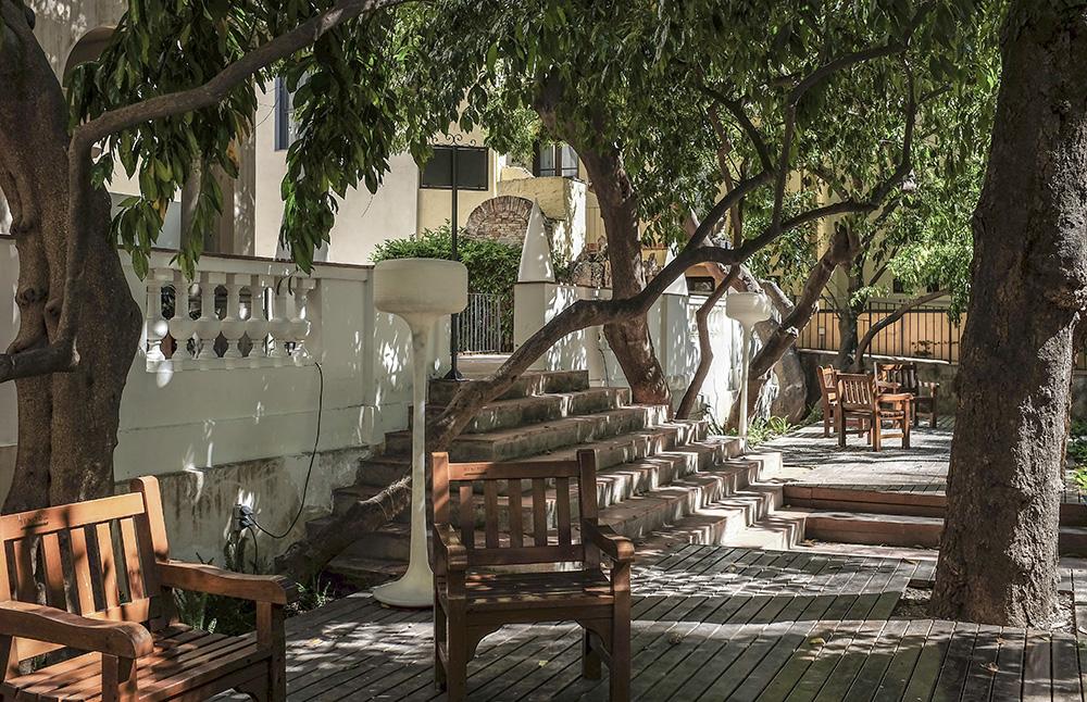 Jardin de la Casa Ignacio Puig, un oasis cerca de las Ramblas